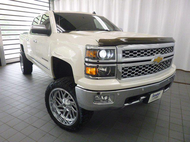 2014 Chevrolet Silverado 1500 Crew Cab 4x4, Pickup #MB8598C - photo 32