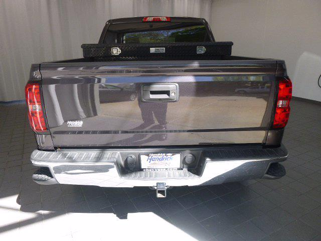 2015 Chevrolet Silverado 1500 Crew Cab 4x4, Pickup #MB8651A - photo 8