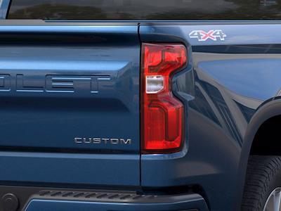 2021 Chevrolet Silverado 1500 Crew Cab 4x4, Pickup #MB8674 - photo 9