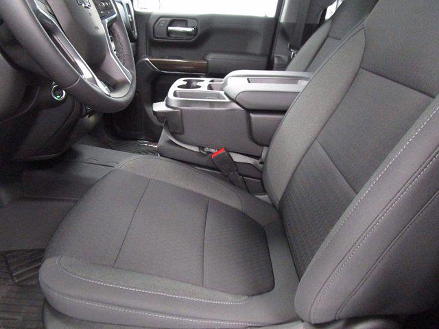 2021 Chevrolet Silverado 1500 Crew Cab 4x4, Pickup #MB8722 - photo 16