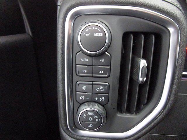 2021 Chevrolet Silverado 1500 Crew Cab 4x4, Pickup #MB8729 - photo 17