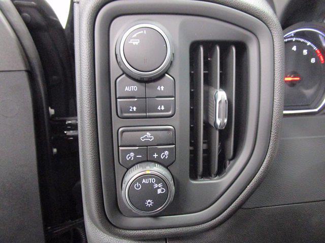 2021 Chevrolet Silverado 1500 Crew Cab 4x4, Pickup #MB8865 - photo 18