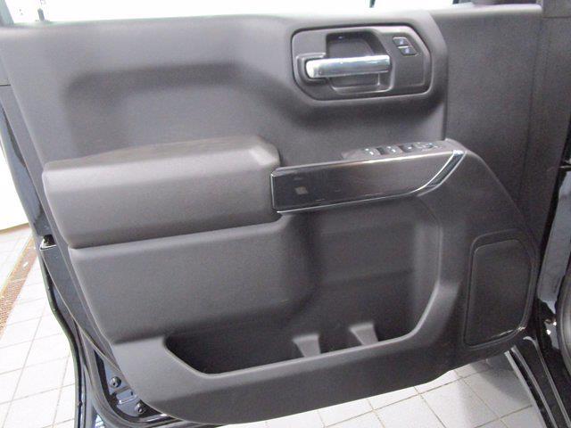 2021 Chevrolet Silverado 1500 Crew Cab 4x4, Pickup #MB8865 - photo 6
