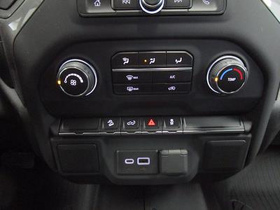 2021 Chevrolet Silverado 1500 Crew Cab 4x4, Pickup #MB8865 - photo 10