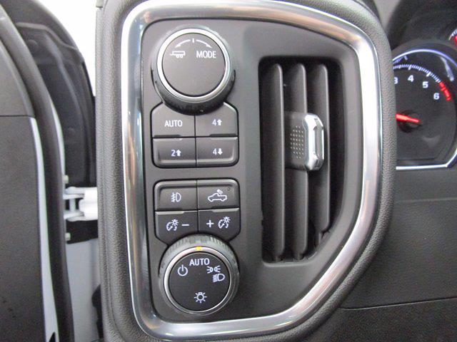 2021 Chevrolet Silverado 1500 Crew Cab 4x4, Pickup #MB8905 - photo 17