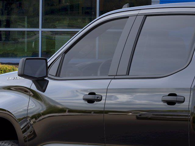 2021 Chevrolet Silverado 1500 Crew Cab 4x4, Pickup #MB8906 - photo 10