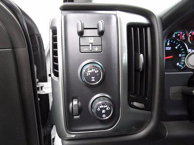 2018 Chevrolet Silverado 1500 Crew Cab 4x4, Pickup #PB0744 - photo 17