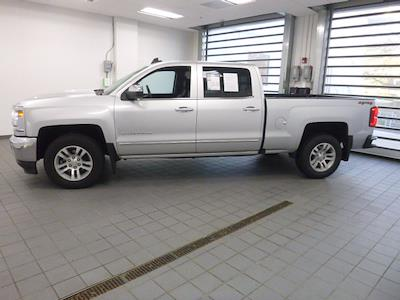 2018 Chevrolet Silverado 1500 Crew Cab 4x4, Pickup #PN0639 - photo 3
