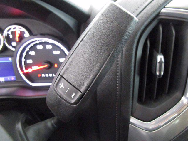 2020 Chevrolet Silverado 1500 Crew Cab 4x4, Pickup #PSN0751 - photo 25