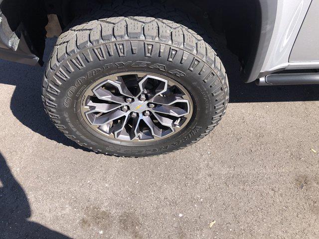 2018 Chevrolet Colorado Crew Cab 4x4, Pickup #SAN0660 - photo 12