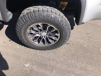 2018 Chevrolet Colorado Crew Cab 4x4, Pickup #SAN0660 - photo 11