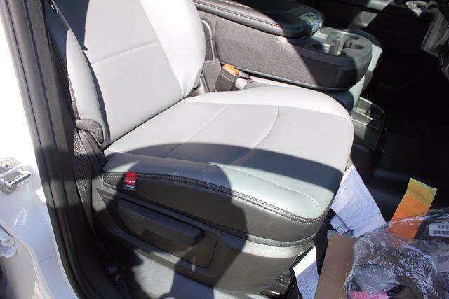 2021 Ram 4500 Crew Cab DRW 4x2, Cab Chassis #CM40002 - photo 35