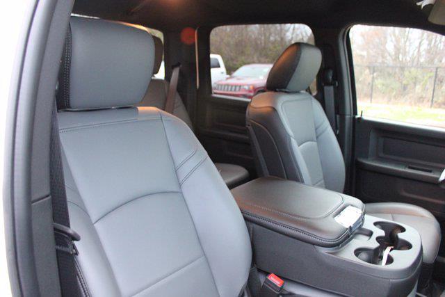 2021 Ram 4500 Crew Cab DRW 4x4, Cab Chassis #CM40004 - photo 35