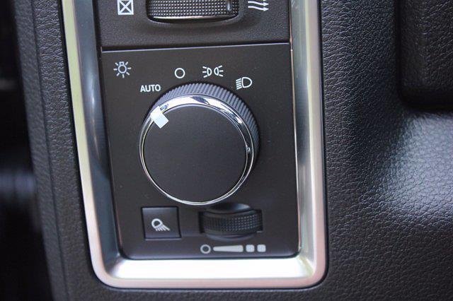 2021 Ram 1500 Classic Quad Cab 4x2, Pickup #M401196 - photo 20