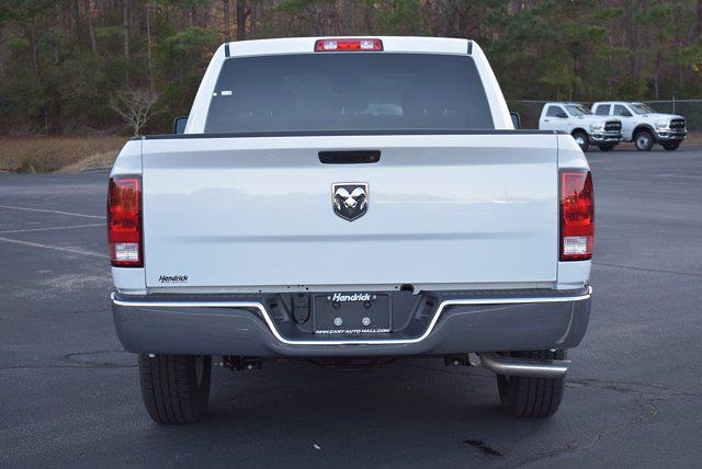2021 Ram 1500 Crew Cab 4x2, Pickup #CM71179 - photo 4