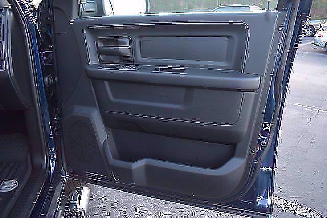 2021 Ram 1500 Classic Crew Cab 4x4, Pickup #CM71180 - photo 15