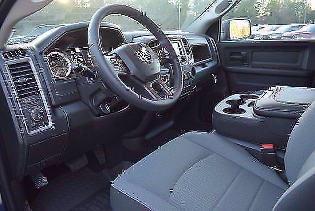 2021 Ram 1500 Crew Cab 4x4, Pickup #CM71180 - photo 9