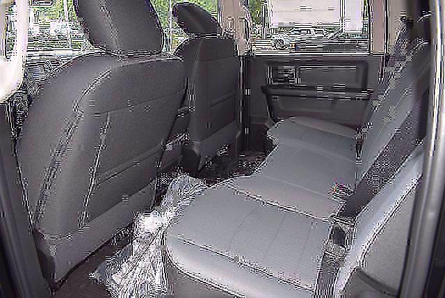 2021 Ram 1500 Classic Crew Cab 4x4, Pickup #CM71217 - photo 12