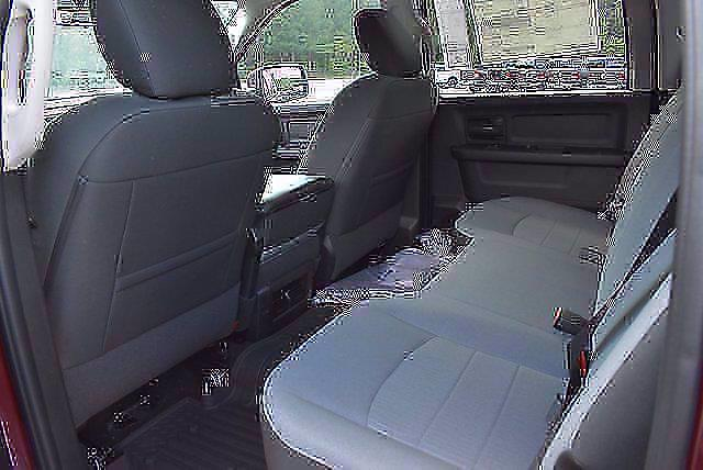 2021 Ram 1500 Classic Crew Cab 4x4, Pickup #CM71222 - photo 12