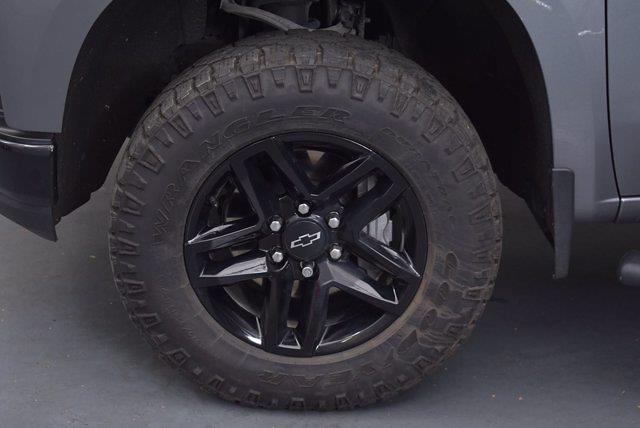 2020 Chevrolet Silverado 1500 Crew Cab 4x4, Pickup #L20066A - photo 6
