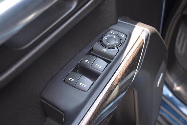 2019 Chevrolet Silverado 1500 Crew Cab 4x4, Pickup #M71429A - photo 17