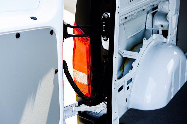 2021 Mercedes-Benz Metris 4x2, Empty Cargo Van #CM31461 - photo 25