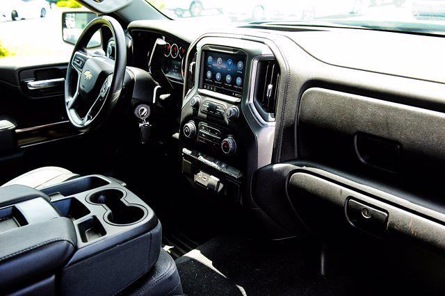 2020 Chevrolet Silverado 1500 Double Cab 4x4, Pickup #ZH31218A - photo 32