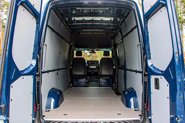 2020 Mercedes-Benz Sprinter 1500 Standard Roof 4x2, Empty Cargo Van #L19155 - photo 1