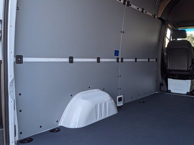 2020 Mercedes-Benz Sprinter 2500 Standard Roof 4x2, Empty Cargo Van #L19290 - photo 2
