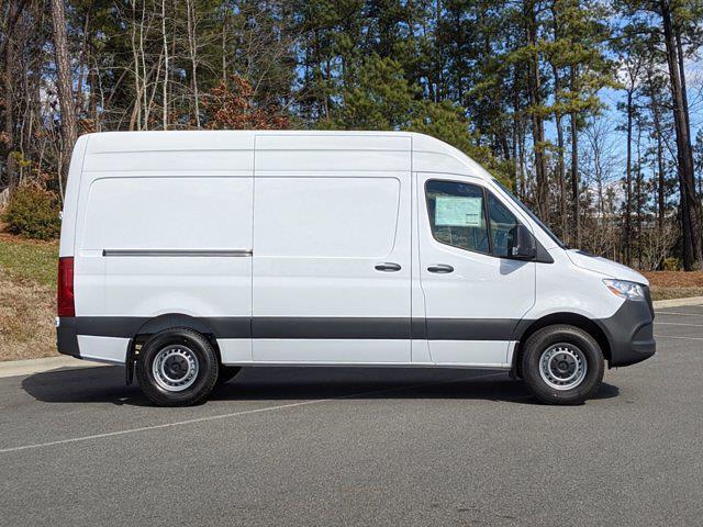 2020 Sprinter 2500 Standard Roof 4x2,  Empty Cargo Van #L19295 - photo 4