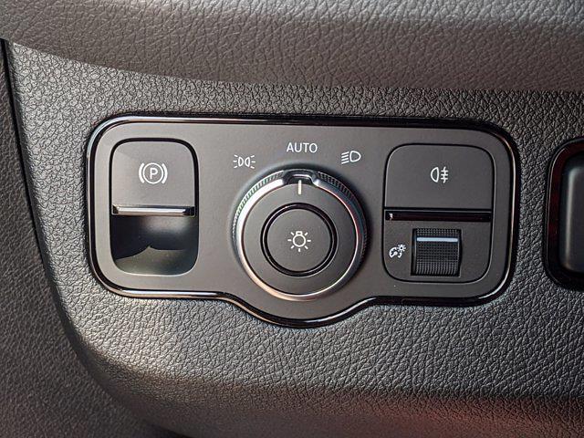 2020 Mercedes-Benz Sprinter 2500 Standard Roof 4x2, Kargo Master Empty Cargo Van #L19505 - photo 20