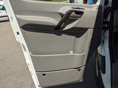 2017 Mercedes-Benz Sprinter 2500 Standard Roof 4x2, Empty Cargo Van #L19516A - photo 16