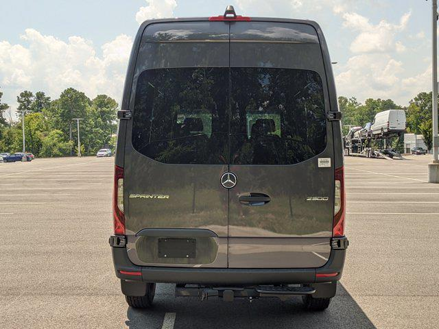 2021 Sprinter 2500 4x2,  Crew Van #M19761 - photo 8