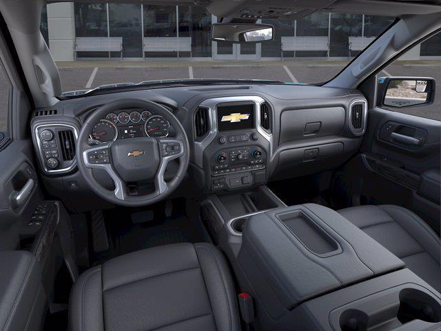 2021 Chevrolet Silverado 1500 Crew Cab 4x4, Pickup #DM51835 - photo 12