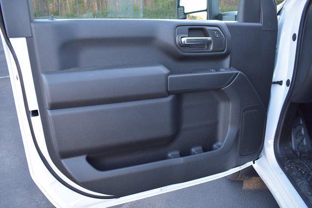 2020 Chevrolet Silverado 3500 Regular Cab DRW 4x4, Knapheide Value-Master X Platform Body #L20267 - photo 11