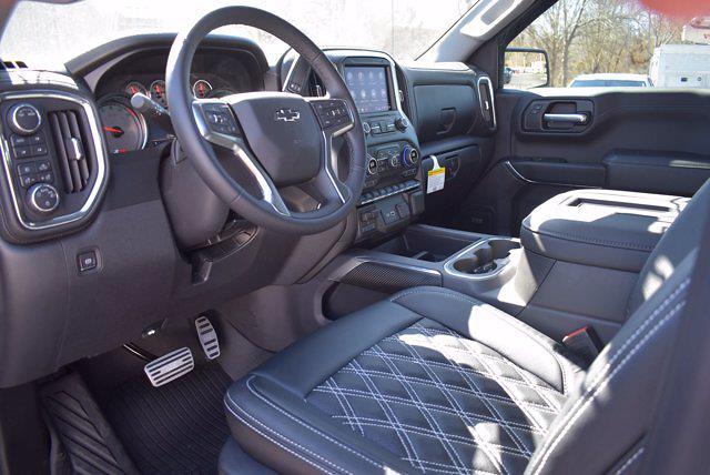2020 Chevrolet Silverado 1500 Crew Cab 4x4, Pickup #L32338 - photo 9