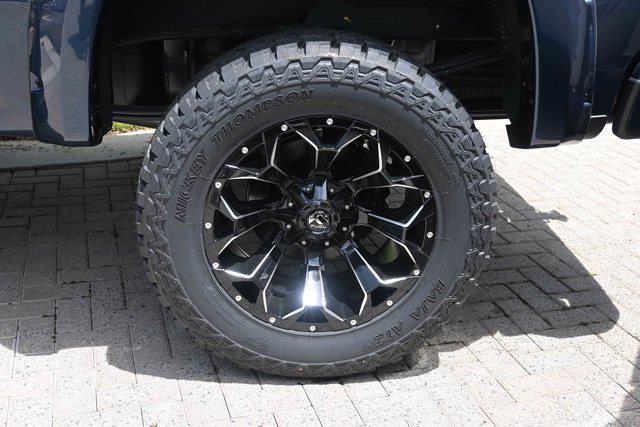 2021 Chevrolet Silverado 1500 Crew Cab 4x4, Pickup #M51485 - photo 10