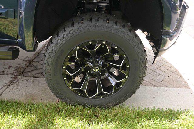 2021 Chevrolet Silverado 1500 Crew Cab 4x4, Pickup #M51485 - photo 11