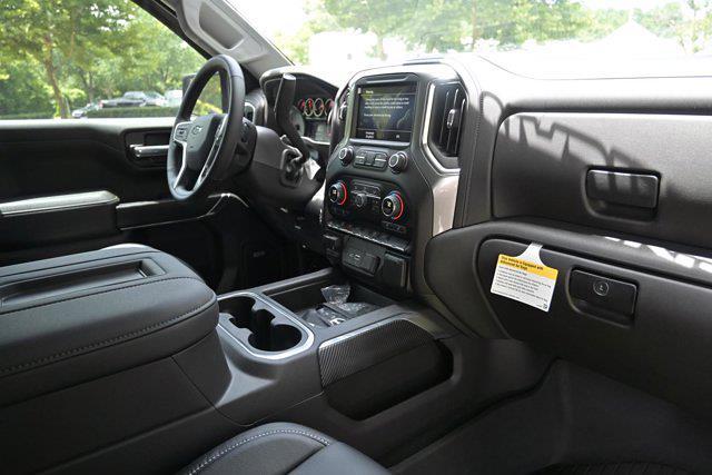 2021 Chevrolet Silverado 1500 Crew Cab 4x4, Pickup #M51485 - photo 17