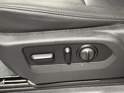 2021 Chevrolet Silverado 1500 Crew Cab 4x4, Pickup #M51692 - photo 15