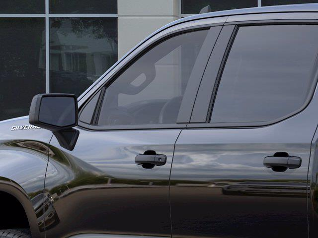 2021 Chevrolet Silverado 1500 Crew Cab 4x4, Pickup #M51899 - photo 10