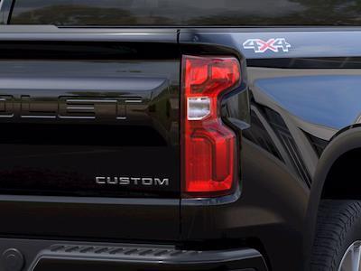 2021 Chevrolet Silverado 1500 Crew Cab 4x4, Pickup #M51923 - photo 9