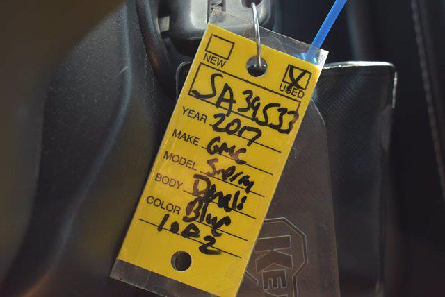 2017 GMC Sierra 1500 Crew Cab 4x4, Pickup #SA39533 - photo 15