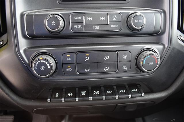 2021 Silverado 5500 Regular Cab DRW 4x2,  Contractor Body #214931 - photo 16