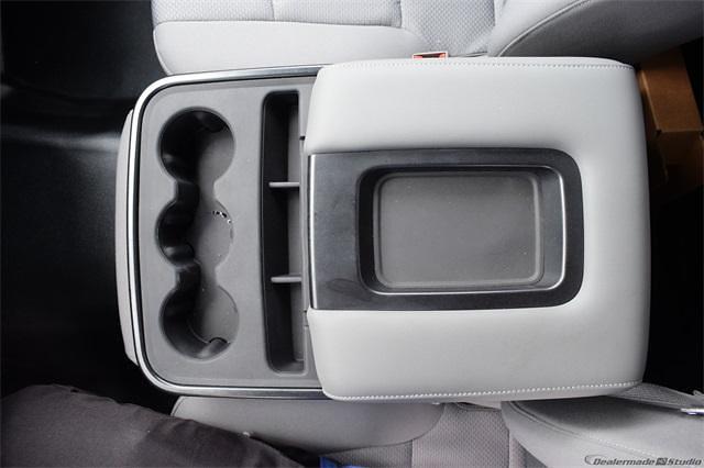 2021 Silverado 5500 Regular Cab DRW 4x2,  Contractor Body #214931 - photo 17