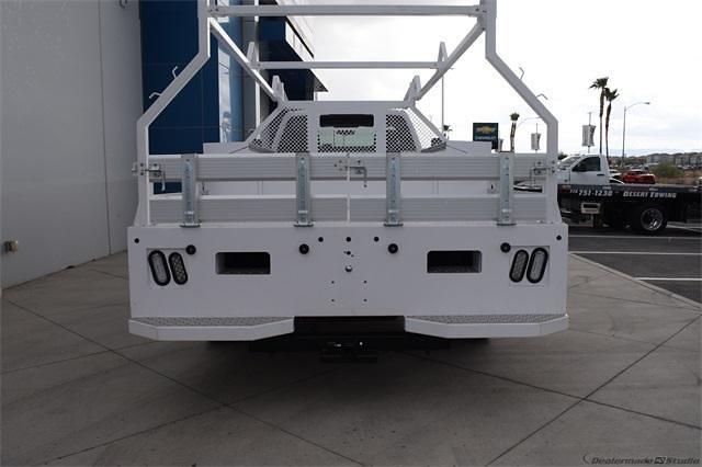 2021 Silverado 5500 Regular Cab DRW 4x2,  Contractor Body #214931 - photo 6