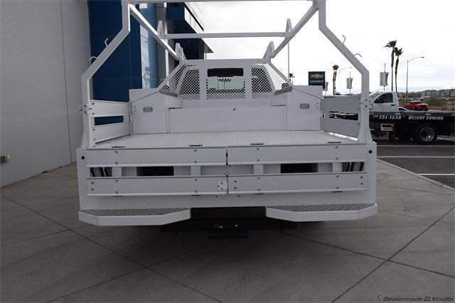 2021 Silverado 5500 Regular Cab DRW 4x2,  Contractor Body #214931 - photo 7