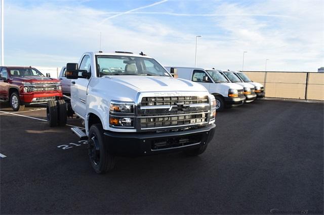 2020 Chevrolet Silverado Medium Duty Regular Cab DRW 4x2, Cab Chassis #265722 - photo 1