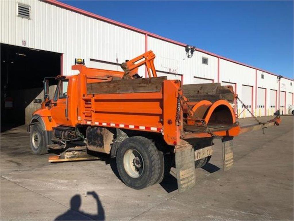 2008 International WorkStar 7400 4x2, Dump Body #108896 - photo 1