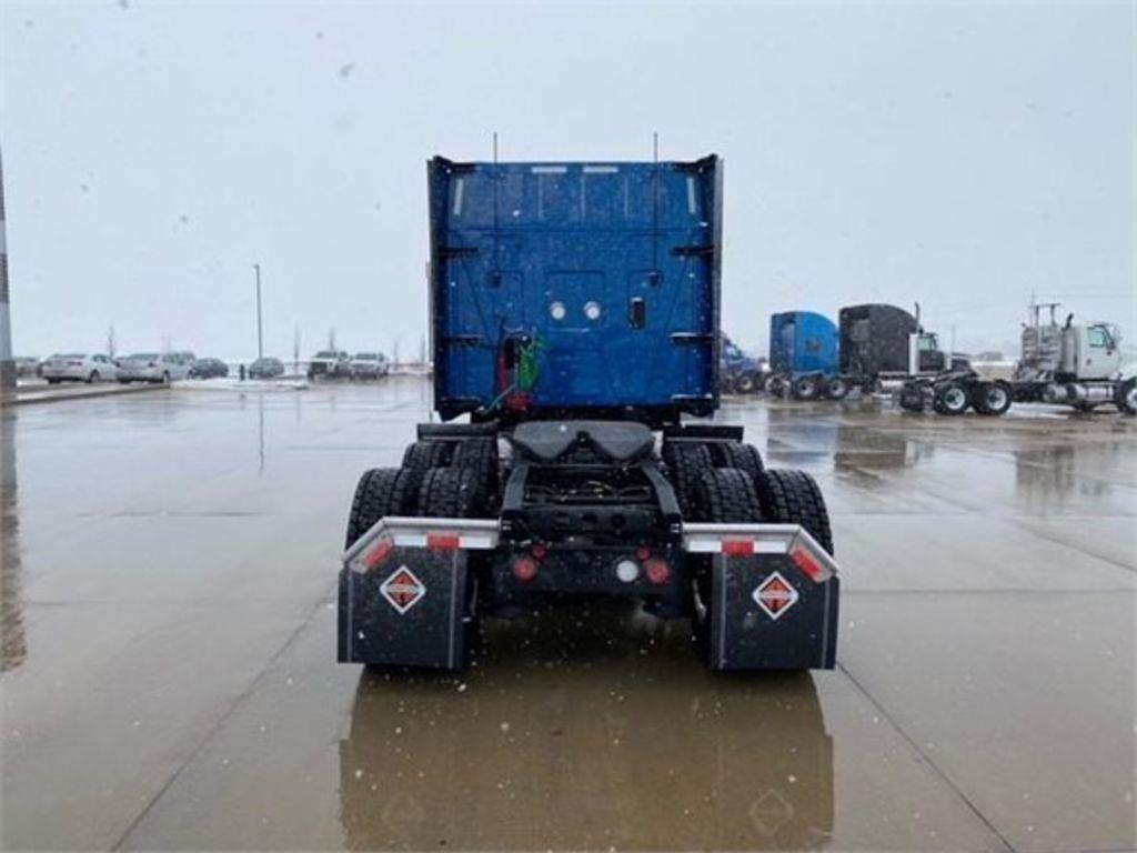 2021 International LT 6x4, Tractor #168262 - photo 1